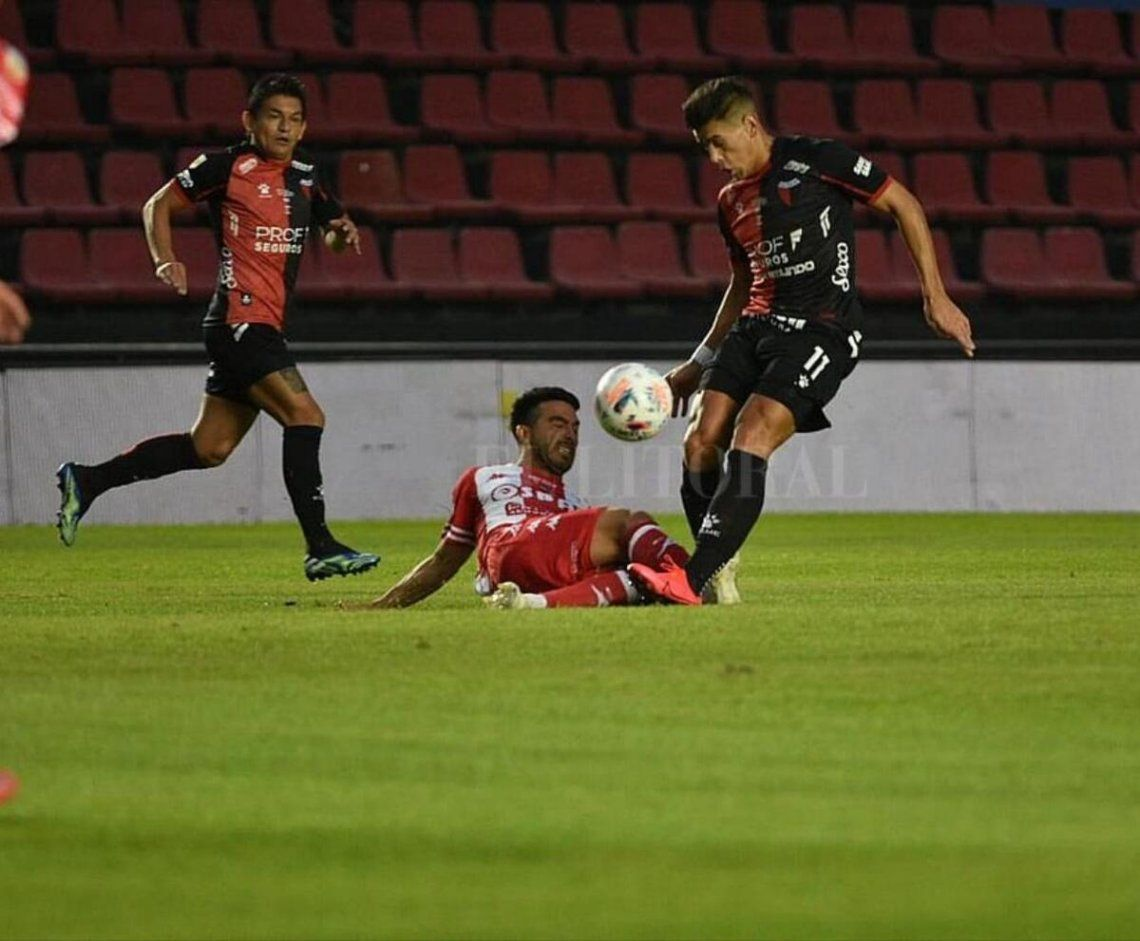 Colón empató 1-1 con Unión y o dejó fuera de la Copa de la Liga. ui