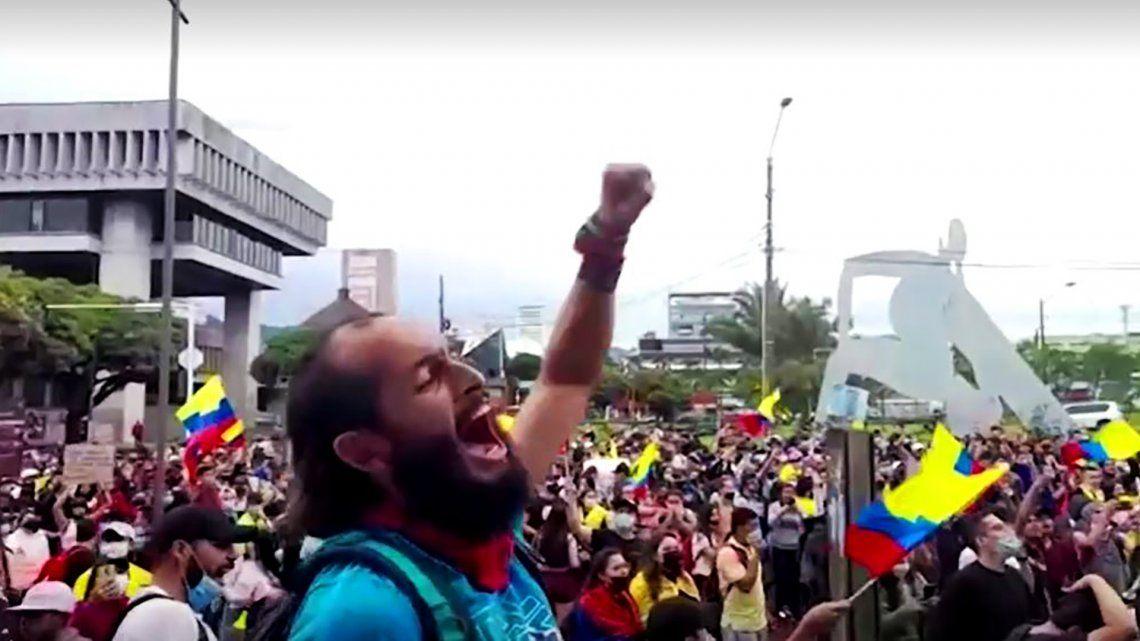 Lucas Villa participaba en una protesta pacífica cuando ocurrieron los hechos.