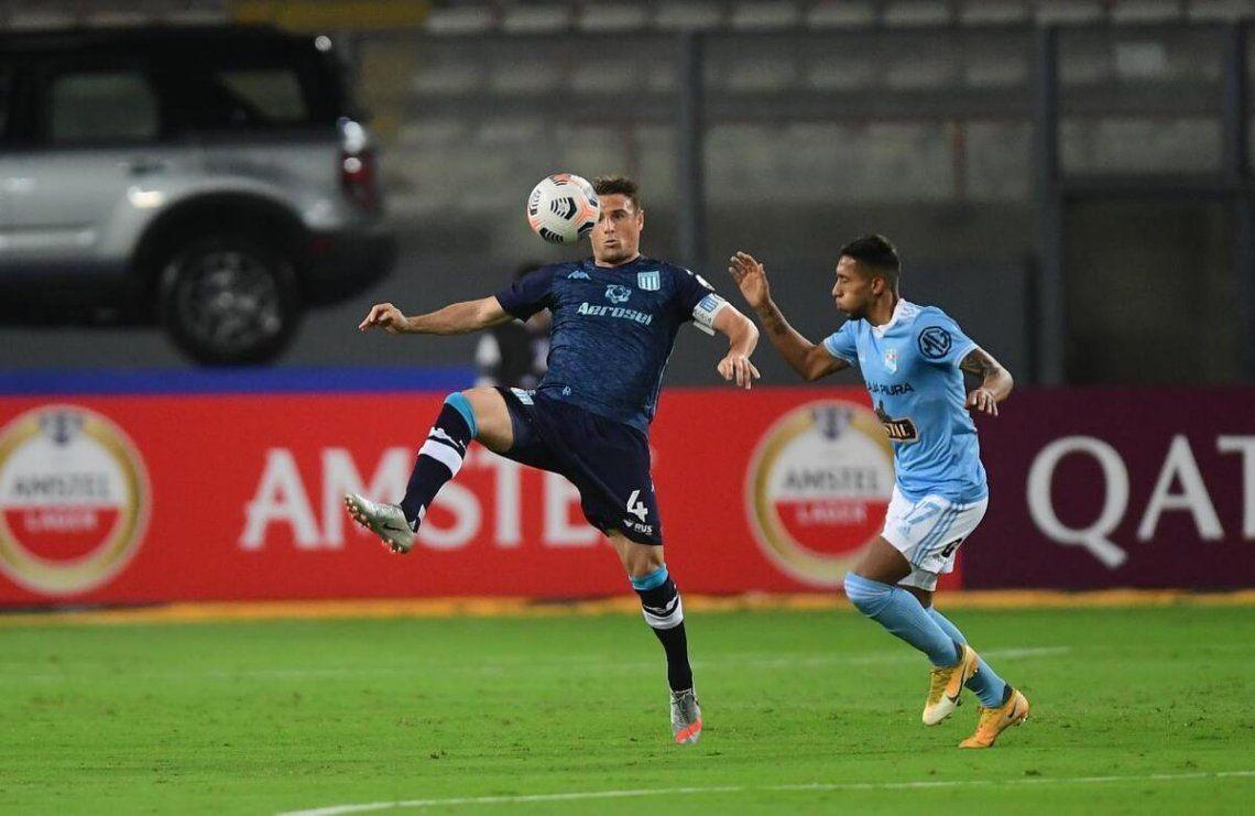 Racing le ganó 2-0 a Sporting Cristal por la fecha 4 de la Copa Libertadores.