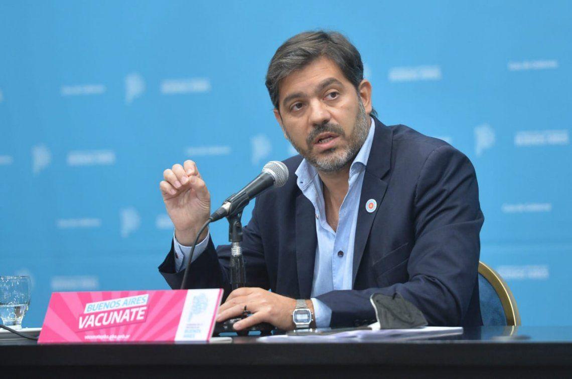 El jefe de Gabinete de la Provinciaaseguró que sólo la Ciudad de Buenos Aires y las provincias pueden adquirir vacunas.