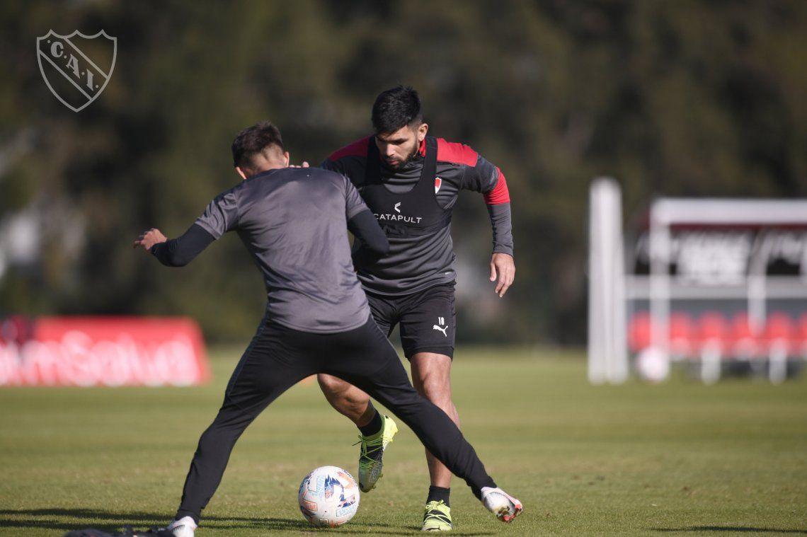 Independiente trabaja con la vista puesta en el clásico