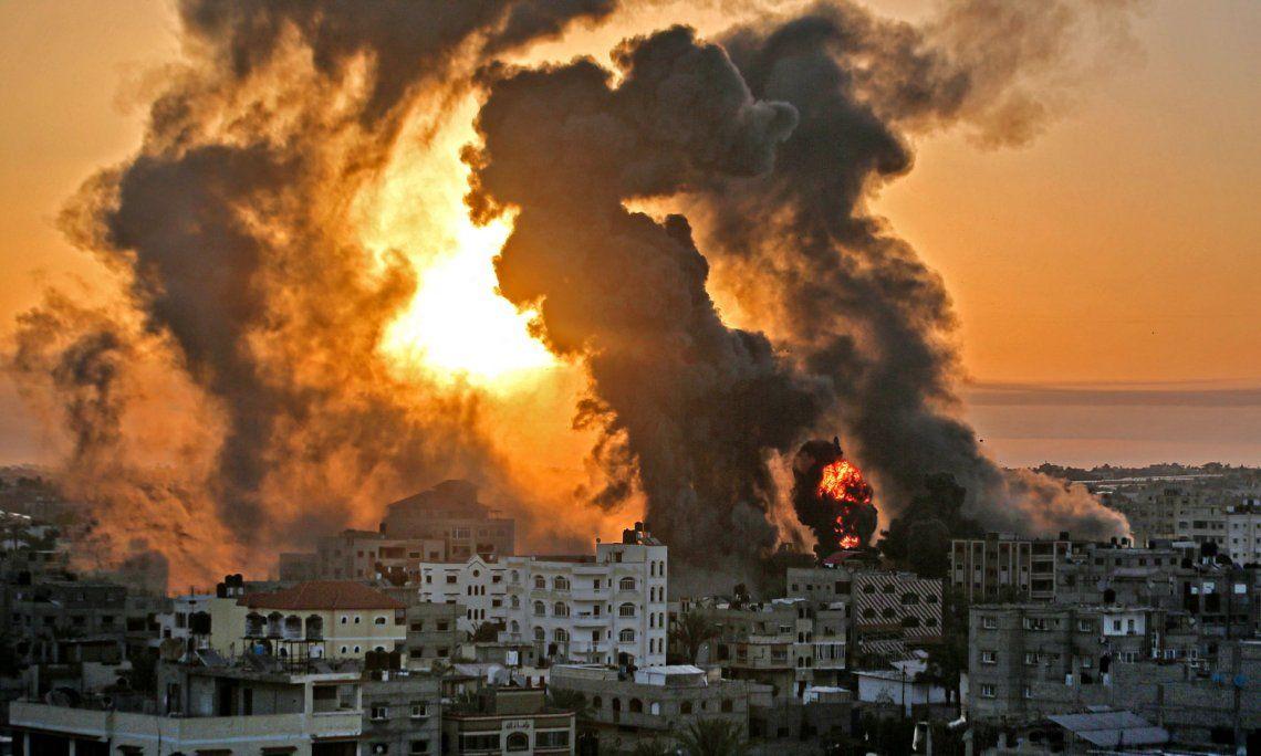 En fotos: Israel golpeó Gaza y la población palestina huye