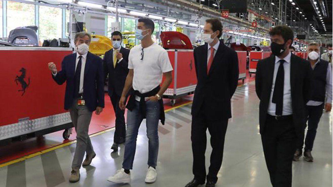 Cristiano Ronaldo faltó a una práctica para comprarse una Ferrari de 1.6 millones de euros