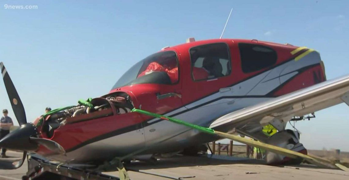 Estados Unidos: uno de los aviones quedó destrozado.