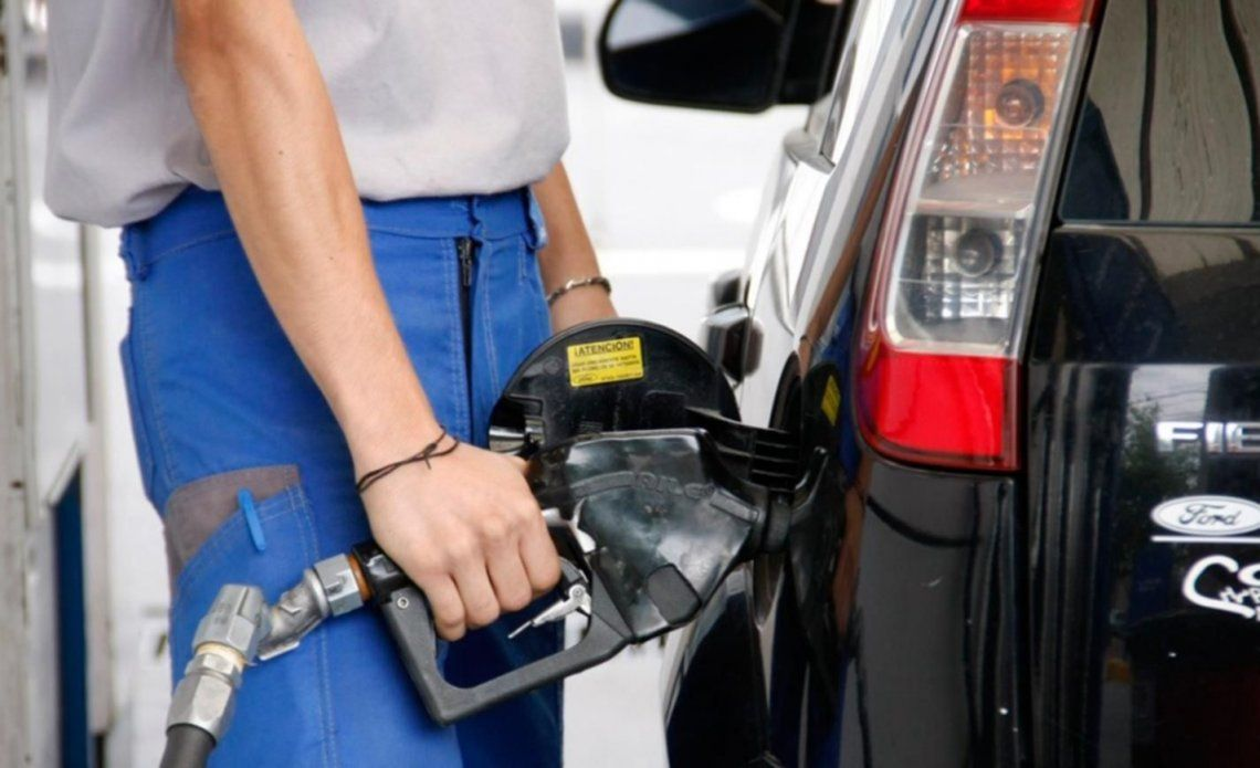 Otra suba de combustibles de YPF