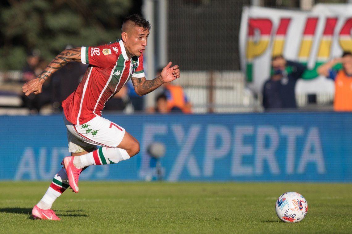 Ricardo Centurión sería titular en Vélez Sarsfield