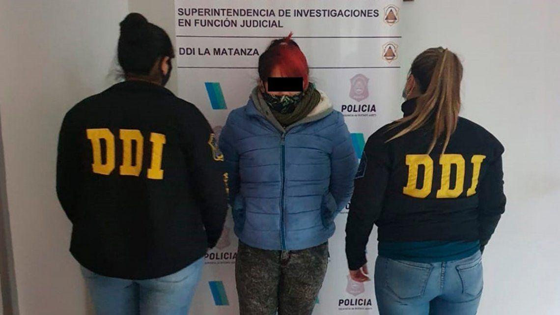 Cuando la sospechosa fue detenida tenía la misma ropa utilizada al momento del hecho y se había teñido el cabello.