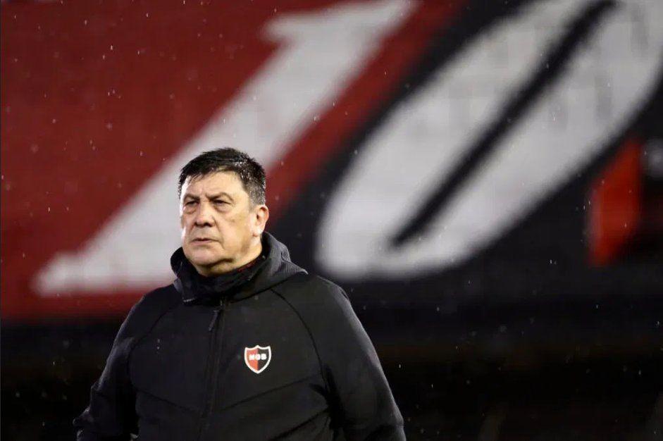 Germán Burgos dejó de ser el entrenador de Newell´s.