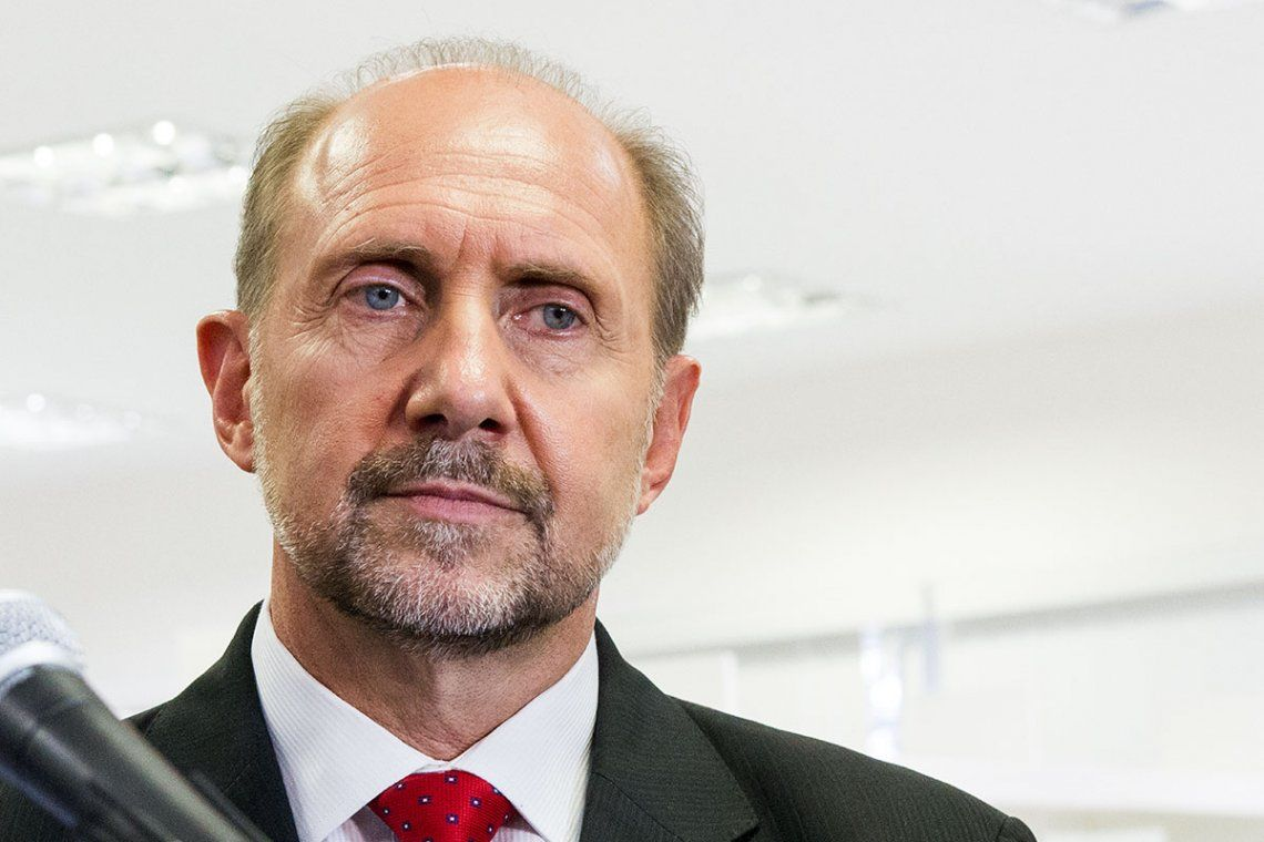 Omar Perotti contra el Gobierno nacional por el cierre de las exportaciones de carne