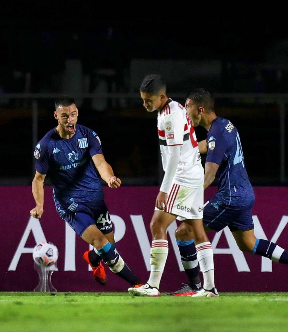 Racing se impuso con un gol de Joaquín Novillo y está en octavos de final