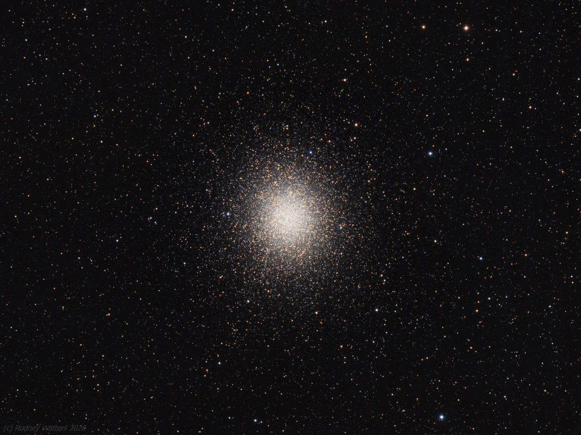 Omega Centauri es un cúmulo globular ubicado en la constelación de Centauro a unos 15.800 años luz de la Tierra