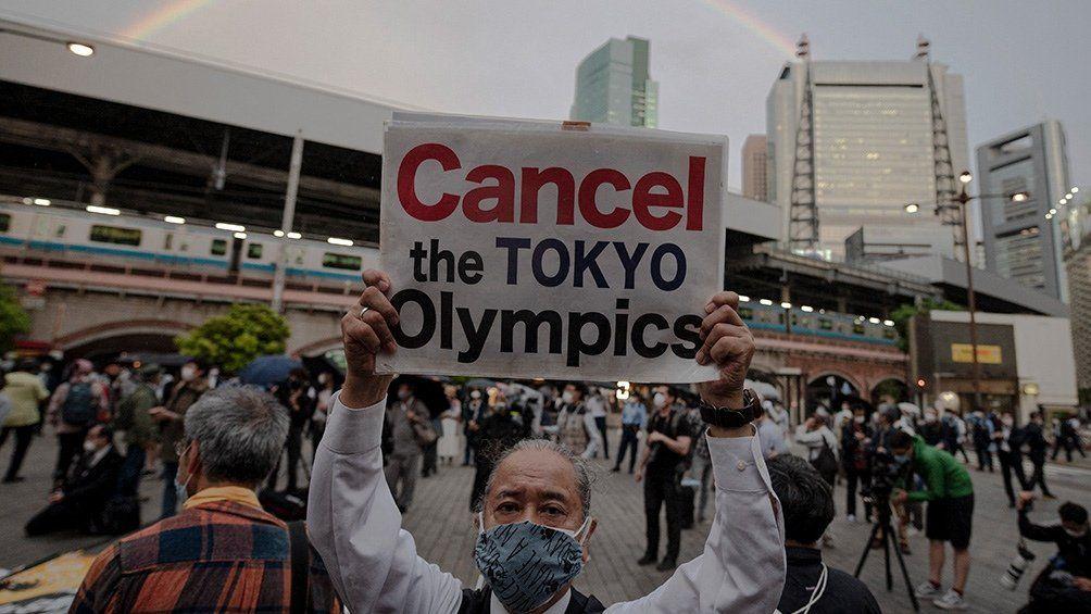 Diferentes encuestas indican que gran parte de los japoneses se oponen a la realización de los JJOO en Tokio.