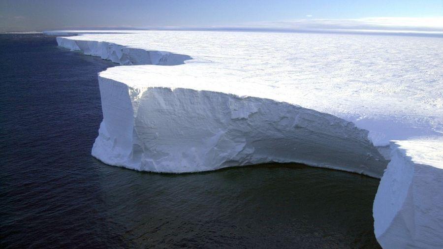 Antártida: se separó el iceberg más grande del mundo