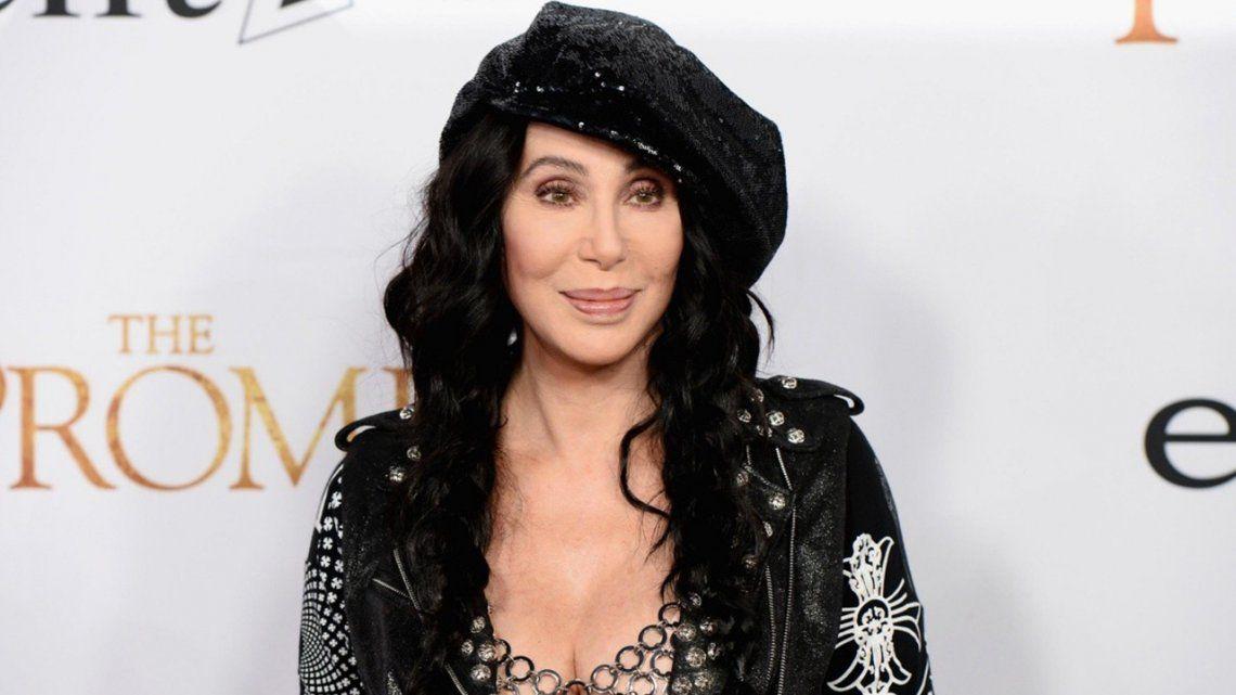 Cher cumple 75 años y anuncia su película biográfica.