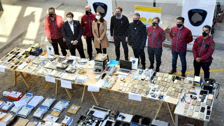 Balvanera: cayó una banda que vendía celulares robados