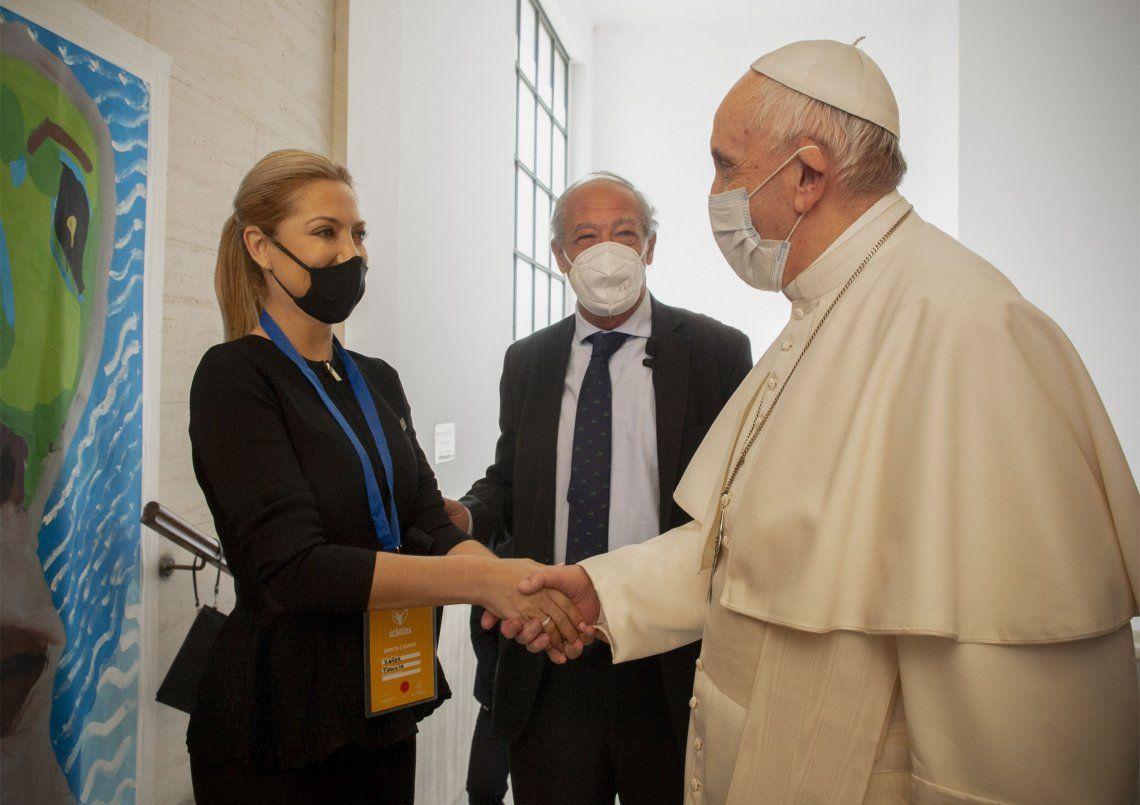 Fabiola Yáñez y sus pares de la región se reunieron con el Papa