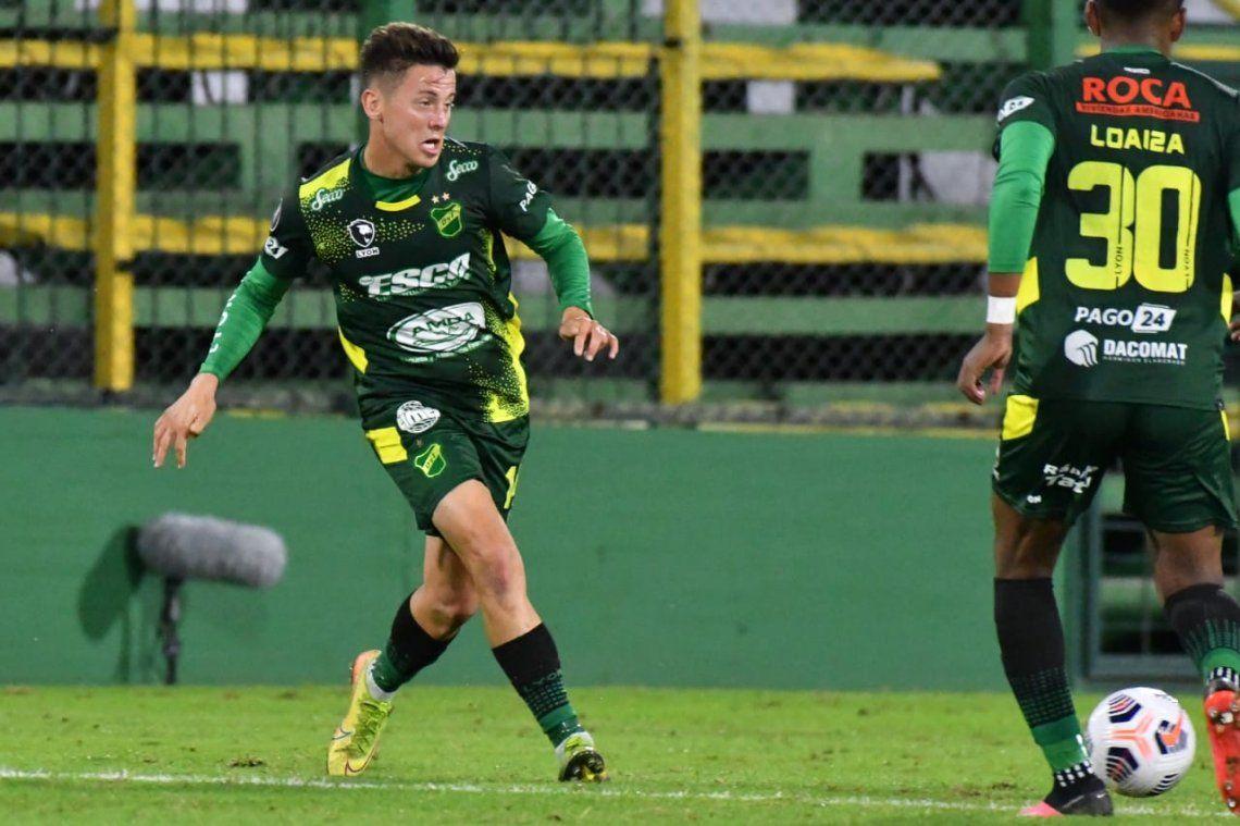 Nicolás Tripichio quedó aisado con covid y puso en alerta al plantel de Defensa y Justicia