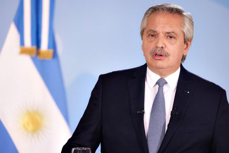 Alberto Fernández reglamentó el DNU de las restricciones