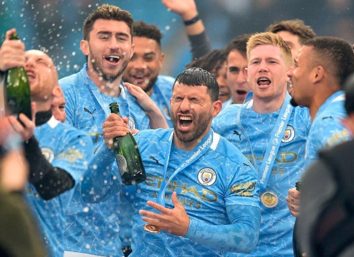 Las mejores fotos de la despedida del Kun Agüero del Manchester City