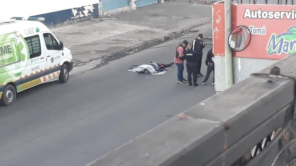 Un policía mató a uno de los motochorros que lo asaltaron