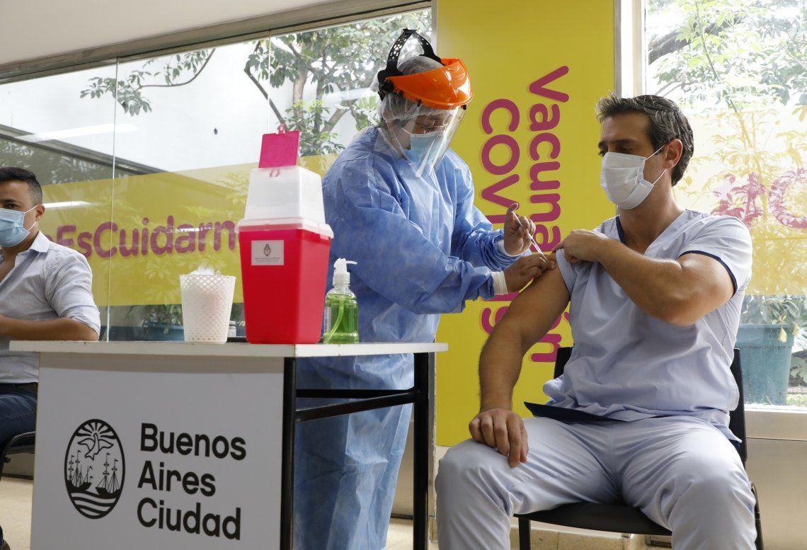 La Ciudad abre vacunación para una nueva franja etárea.