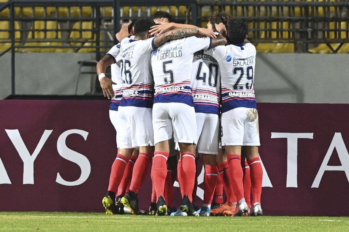 San Lorenzó ganó y gustó en Chile