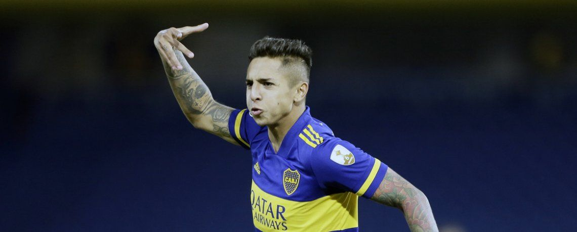 Agustín Almendra festeja el primer gol de Boca.