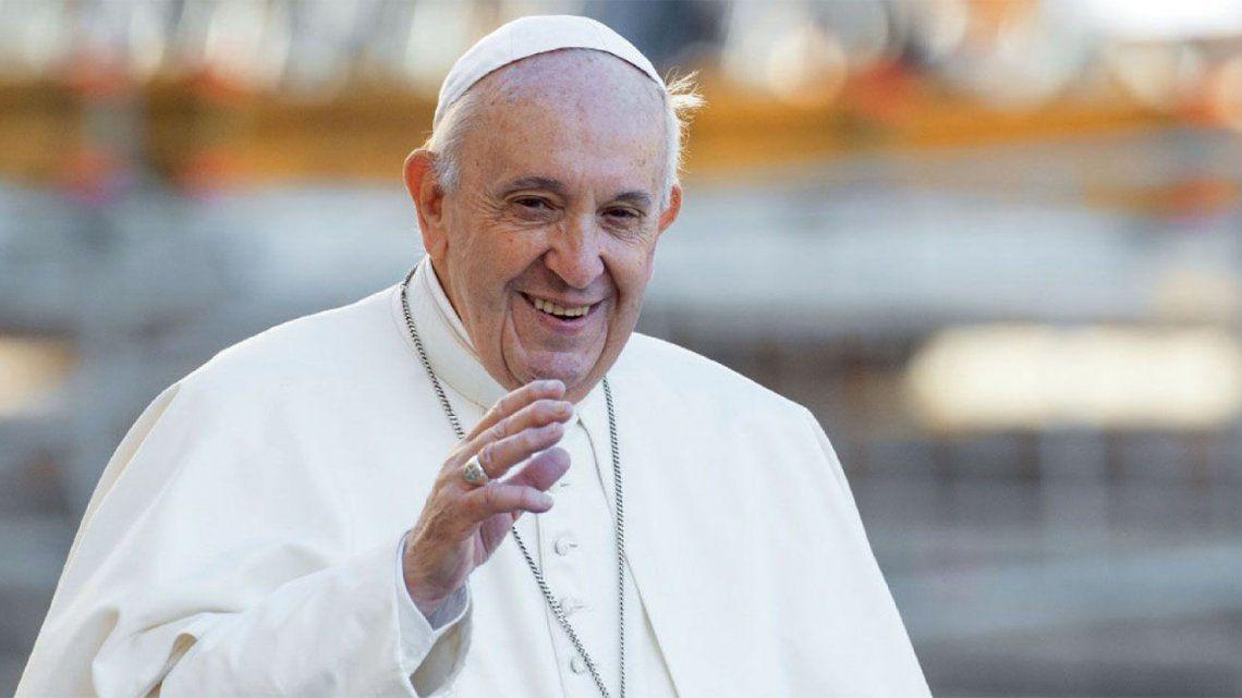La broma del papa Francisco a un grupo brasileños.