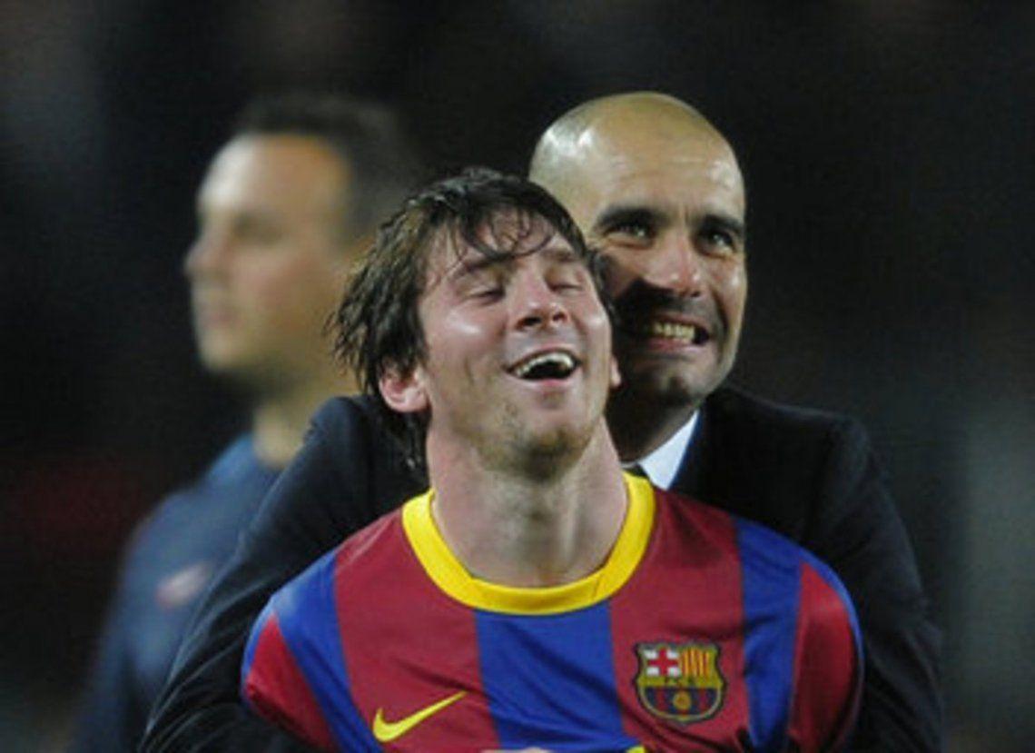 Pep Guardiola en su época como DT del Barcelona.