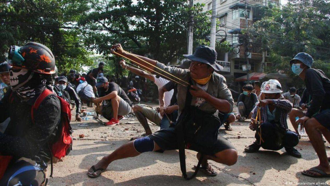 Birmania: La oposición democrática acuerda con guerrilla