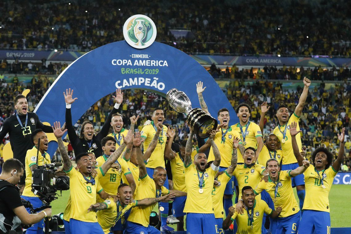 Conmebol anunció que la Copa América se jugará en Brasil