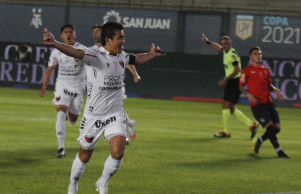 Con un gol del Pulga Rodríguez