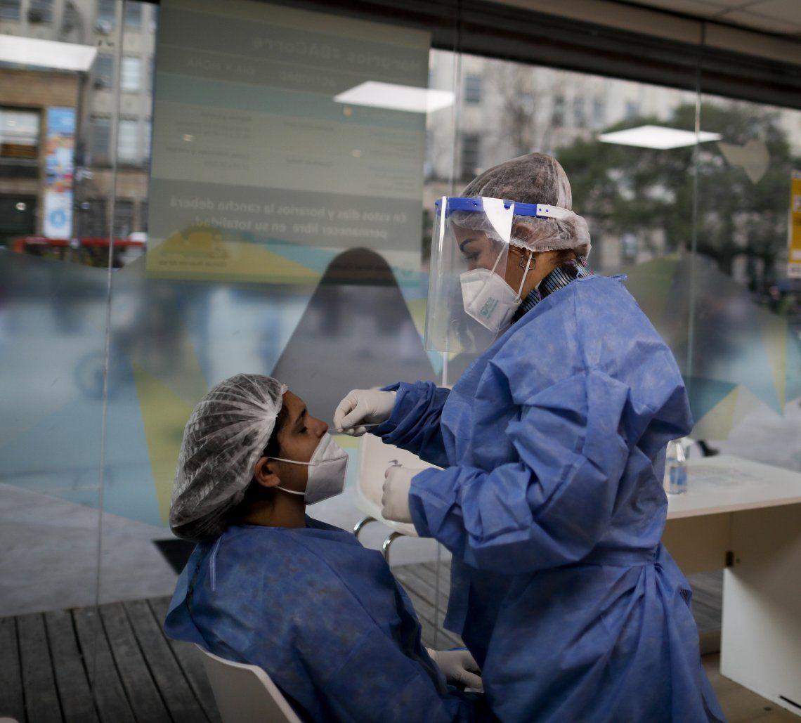 Coronavirus: 281 nuevos fallecidos y 8.850 contagios en las últimas 24 horas.