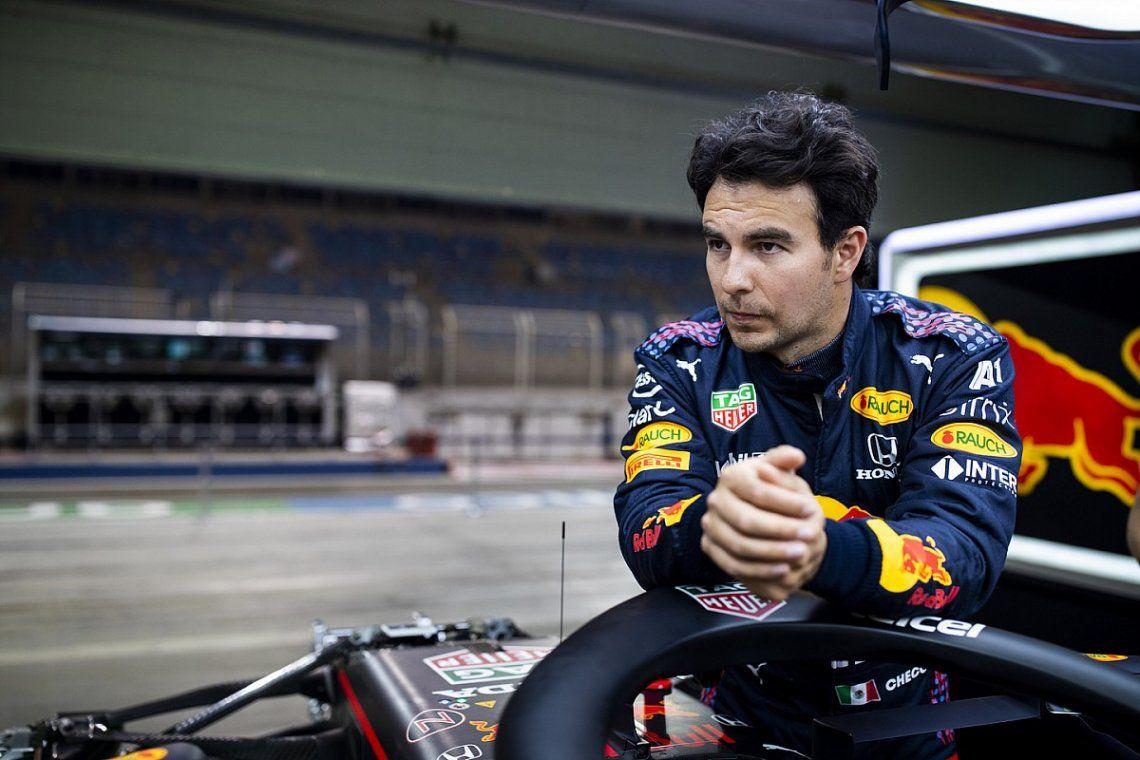 Sergio Pérez fue el más veloz en el circuito de Bakú