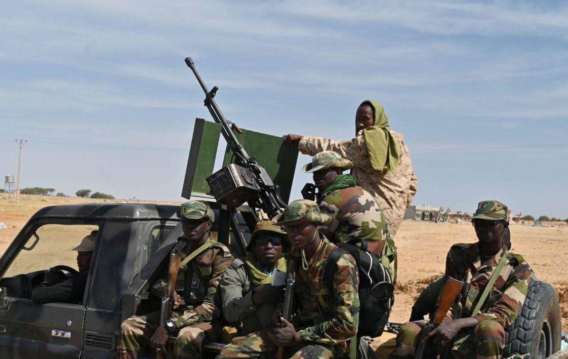 Burkina Faso: ataque yijadista deja al menos 100 muertos