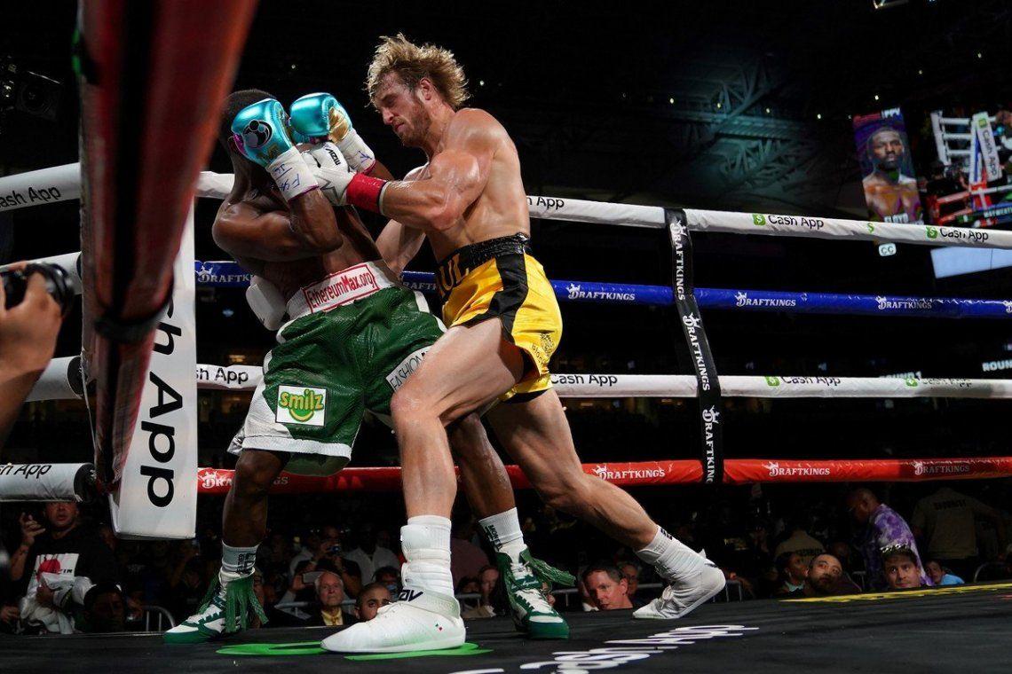 Las mejores fotos de la pelea entre Floyd Mayweather y el youtuber Logan Paul