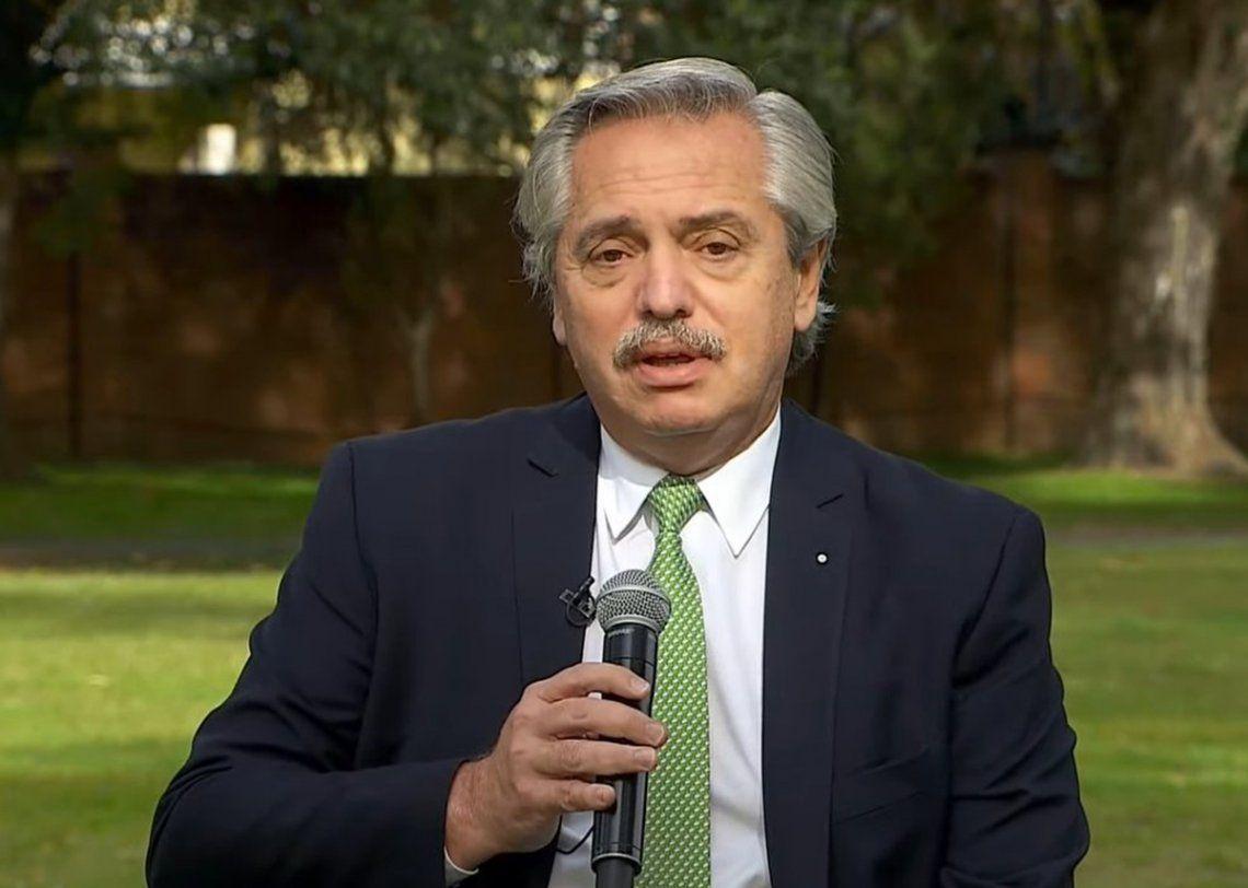 El presidente encabezó el acto desde la residencia de Olivos.