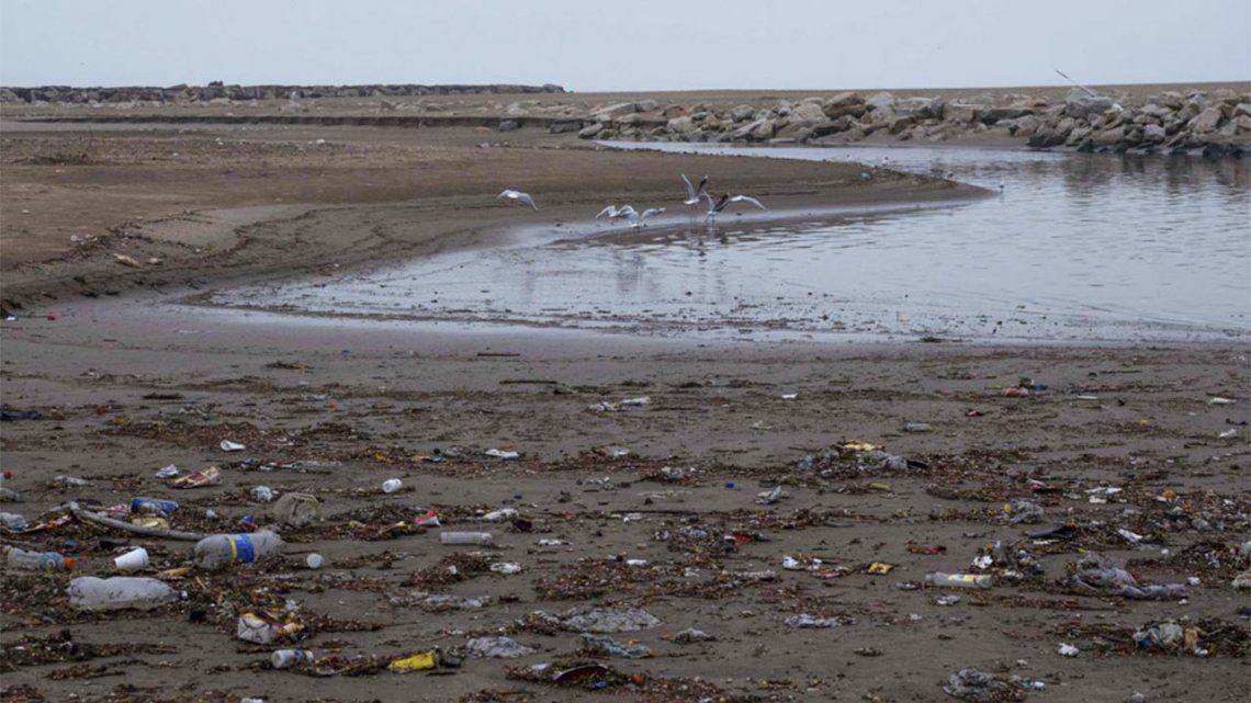 Pronostican que los residuos de la pandemia formarán piscinas de microplásticos.