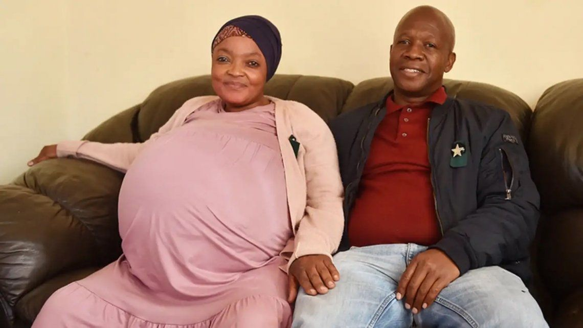 Sudáfrica: una mujer tuvo a 10 bebés de un mismo embarazo
