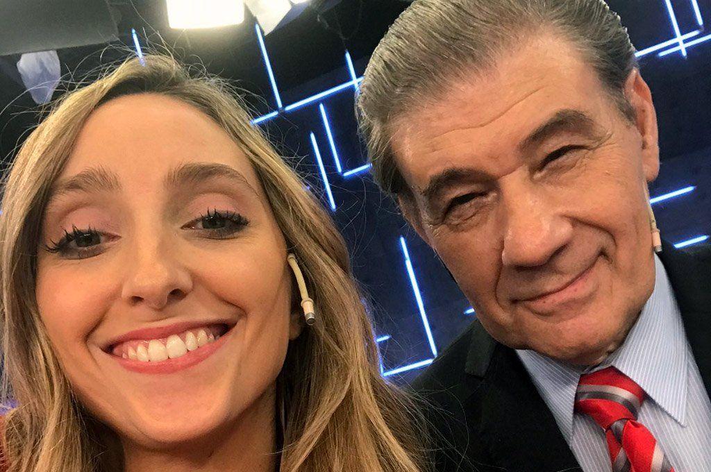 Julia Strada Rodríguez junto a Víctor Hugo Morales