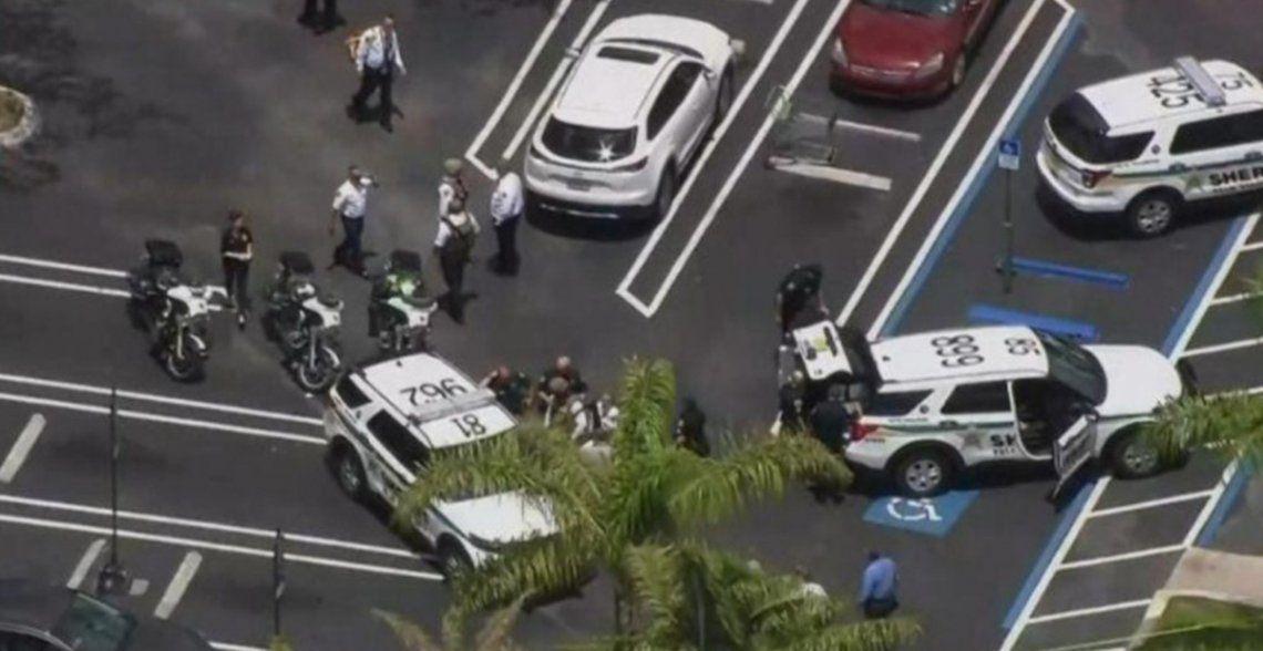 Las autoridades policiales montaron un fuerte operativo en la zona.