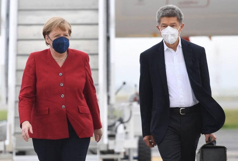 La canciller alemana Angela Merkel se suma este viernes a la Cumbre del G7