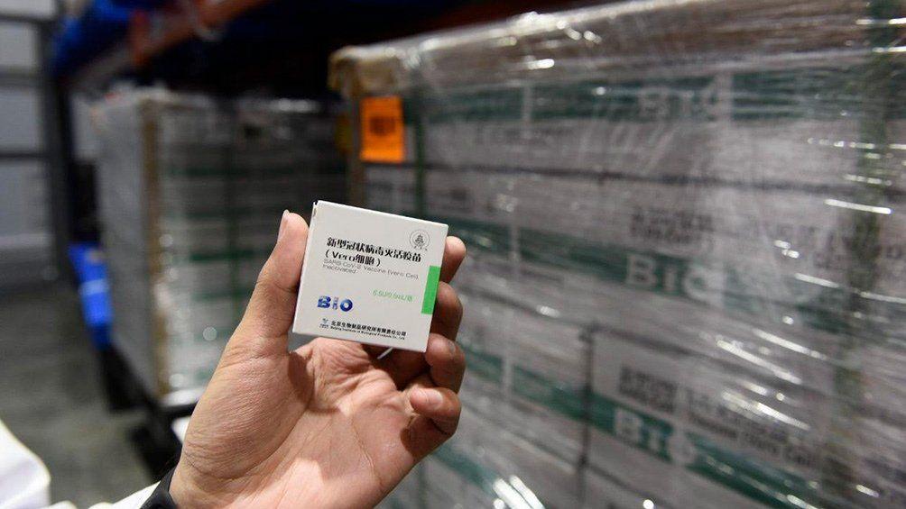 Sinopharm: llegan 2 millones de vacunas desde China.