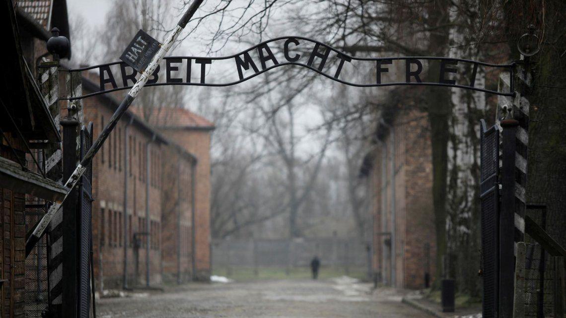 Polonia: encuentran un nuevo sitio de entierro masivo en Auschwitz