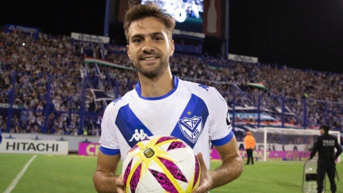 Agustín Bouzat se queda en Vélez