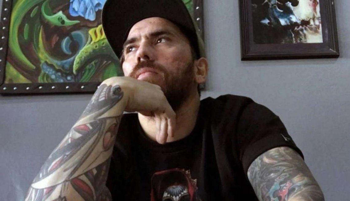 Tatuador condenado.