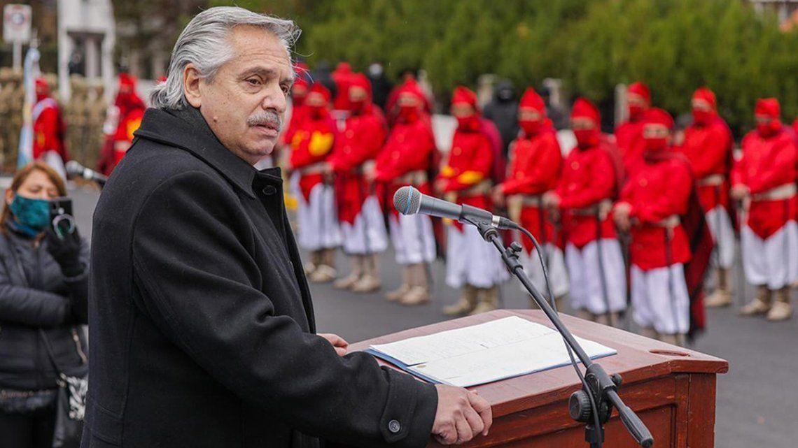 El presidente Alberto Fernández encabezó el acto junto al gobernador de Salta