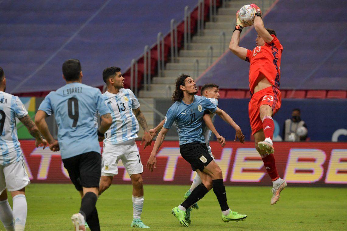 Emiliano Martínez confía en llevarse la Copa