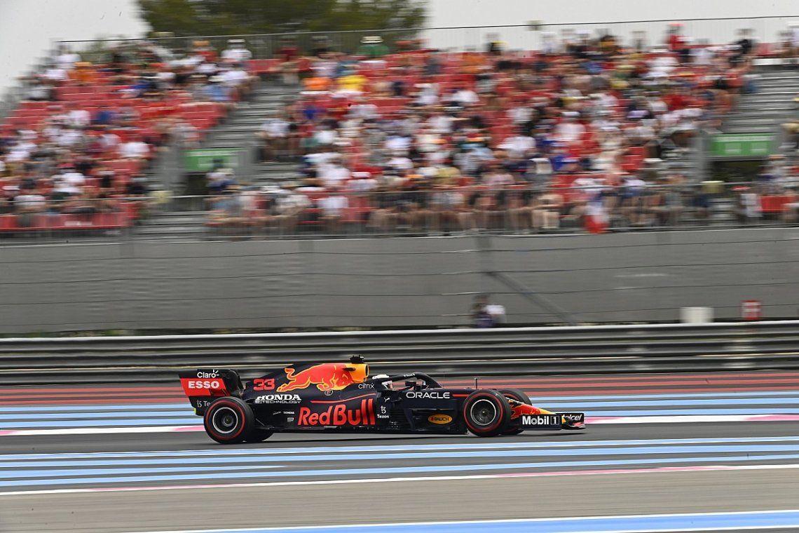 El holandés Max Verstappen (Red Bull) se quedó con la pole position de la séptima fecha.