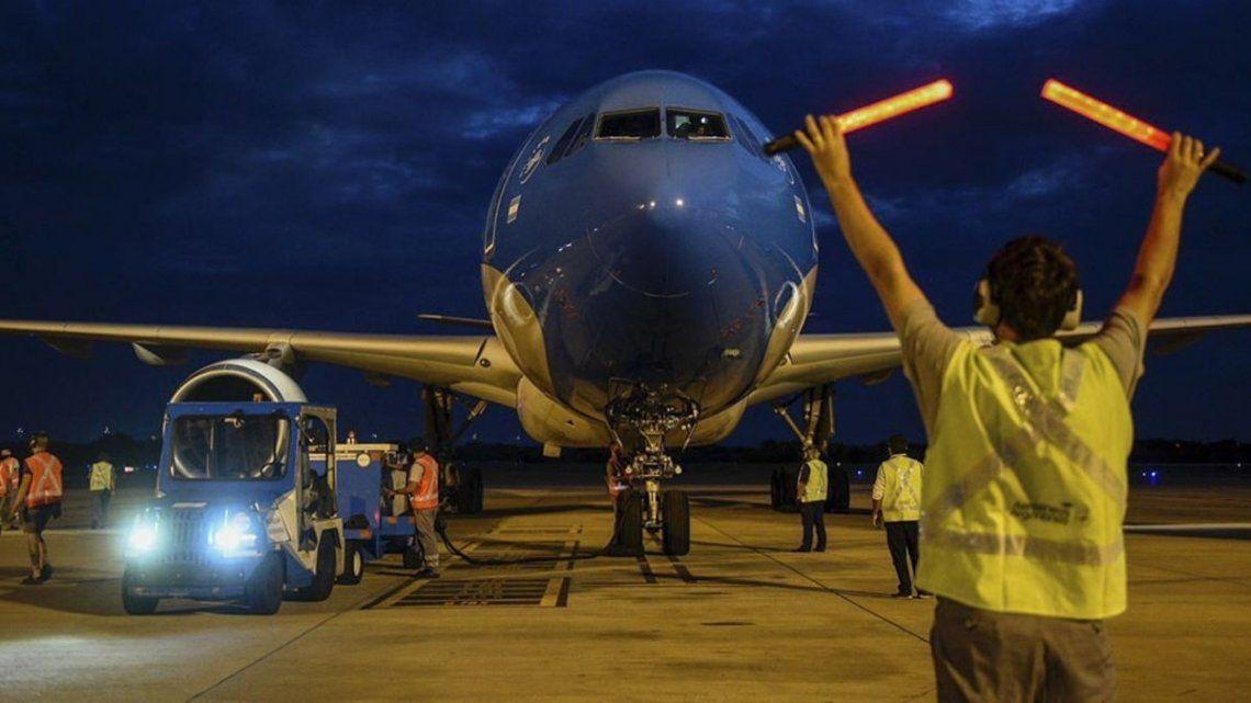 Vacunas: Aerolíneas Argentinas lleva completados un total de cinco vuelos a la República Popular China.